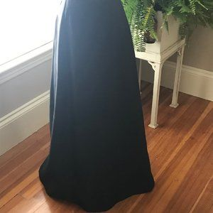 NWT Cache Black Long Formal Skirt Size 4
